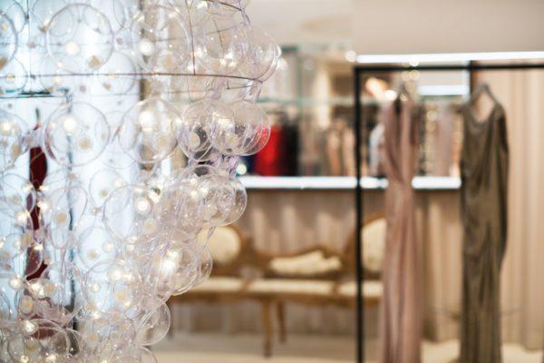 Custom -made chandelier_August Pfuller fashion store_Frankfurt, DE_03